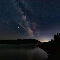 Milky Way At Lost Creek Lake - Alan Ingersoll